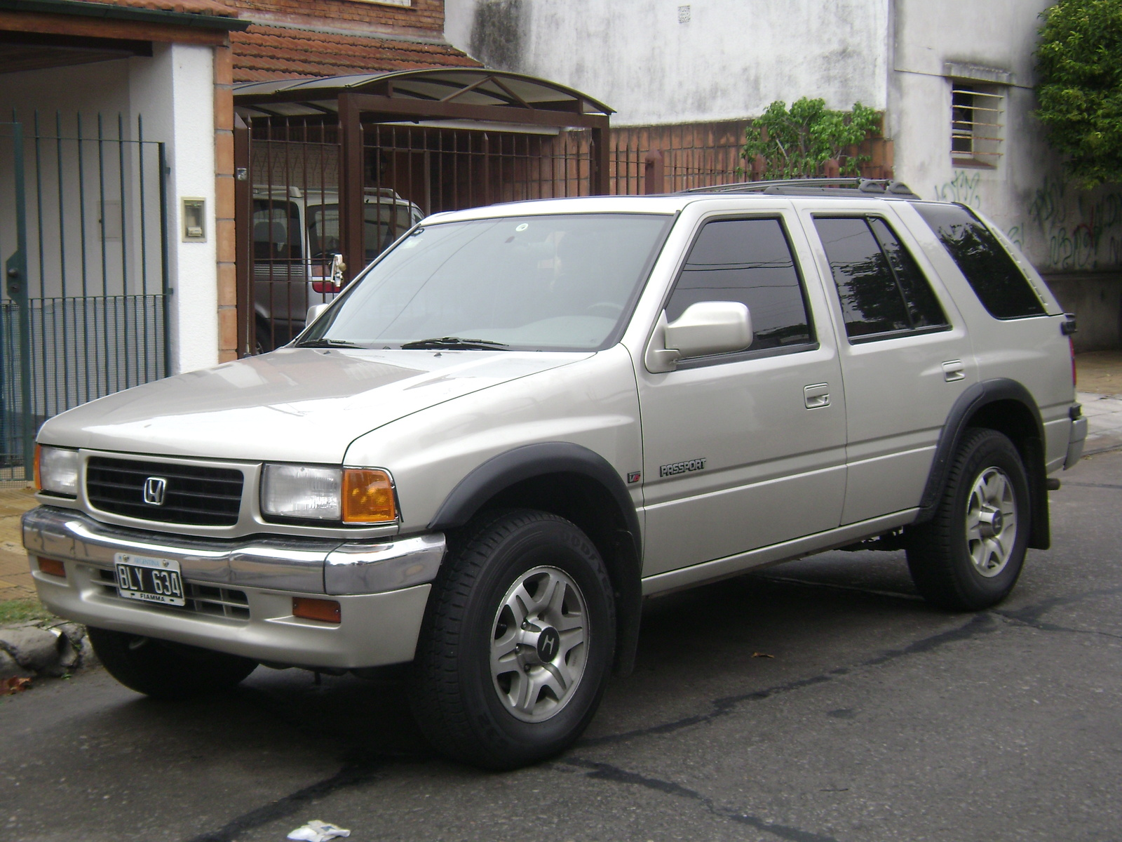 Edmunds has detailed price information for the Used 2002 Honda Passport Save money on Used 2002 Honda Passport models near you Find detailed gas mileage